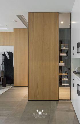 20萬以上130平米三室兩廳現代簡約風格走廊裝修圖片大全