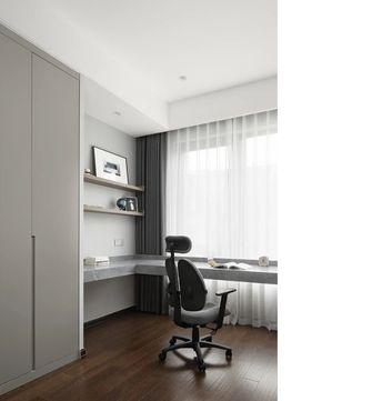 130平米三现代简约风格书房装修案例