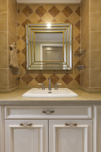 140平米四室两厅田园风格卫生间装修案例