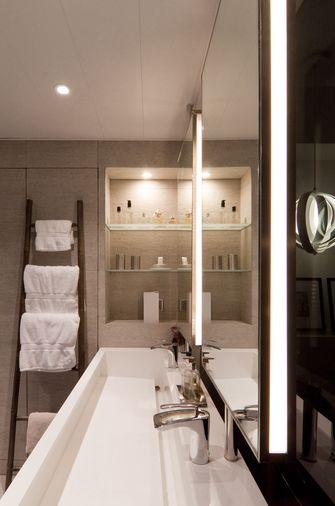70平米一居室现代简约风格卫生间装修案例