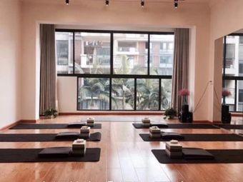 YOKA瑜伽工作室