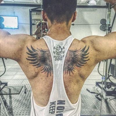 肩膀翅膀纹身款式图