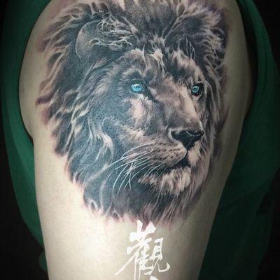 写实狮子纹身图