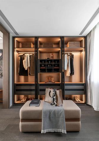 140平米三室两厅东南亚风格衣帽间图片