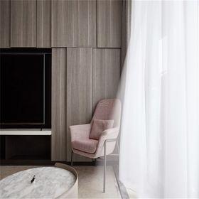 130平米四室一廳現代簡約風格客廳圖
