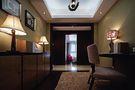 130平米别墅东南亚风格走廊图片