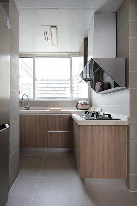 120平米三室兩廳現代簡約風格廚房效果圖