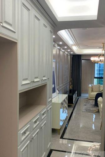 80平米法式风格走廊图