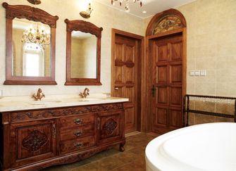 140平米别墅东南亚风格卫生间图片