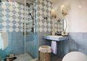 130平米三室两厅田园风格卫生间浴室柜设计图