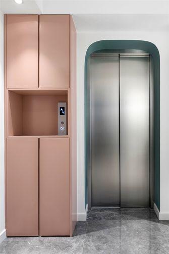 140平米三现代简约风格楼梯间图片大全