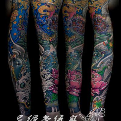 唐狮鱼传统花臂纹身图