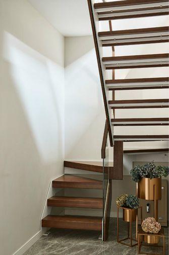 140平米三室两厅其他风格楼梯间图片