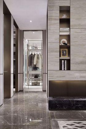130平米三室兩廳其他風格衣帽間設計圖