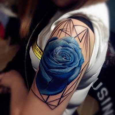 蓝色玫瑰纹身款式图
