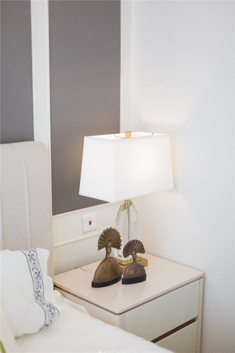 120平米三室两厅现代简约风格梳妆台效果图