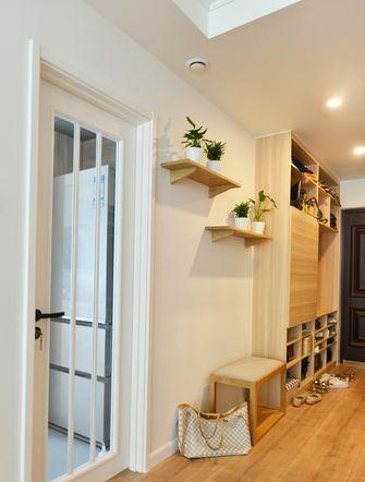60平米公寓日式风格玄关装修效果图