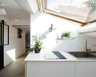 5-10万140平米四室两厅地中海风格阳光房欣赏图
