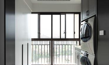 110平米三室两厅现代简约风格阳台装修效果图