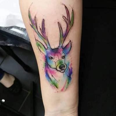 鹿色纹身款式图