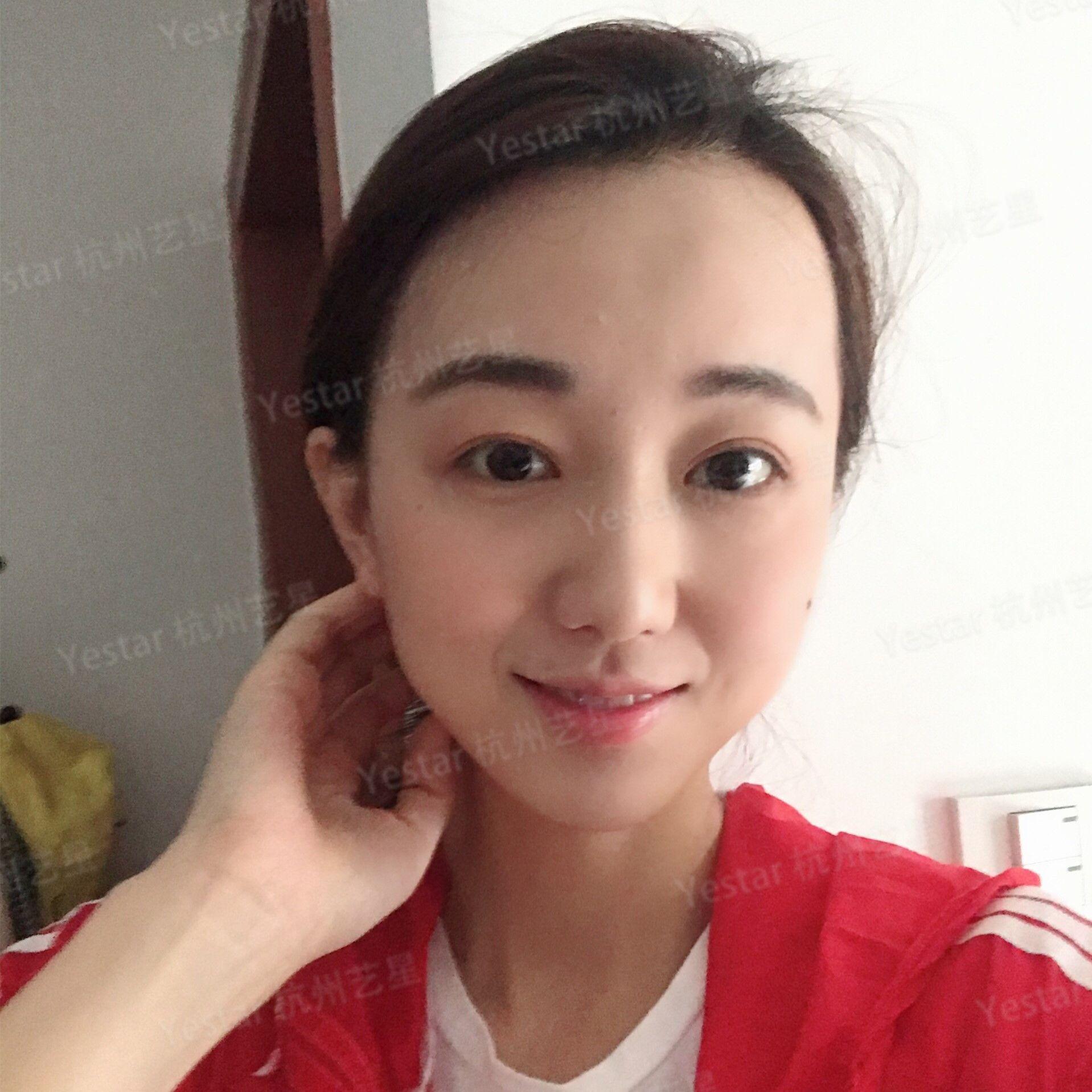 自拍测脸型_最近发现我的脸型不知不觉就瘦了下去,同事们都说我现在有了小v脸