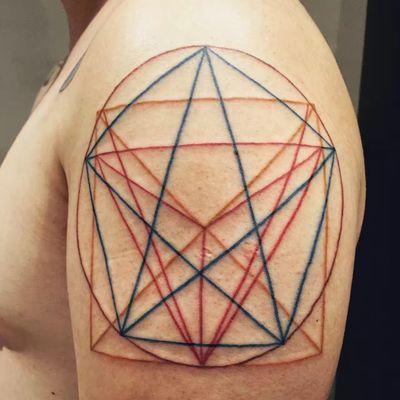 神秘线条纹身款式图
