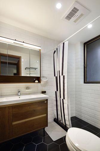 10-15万100平米三室两厅现代简约风格卫生间装修案例