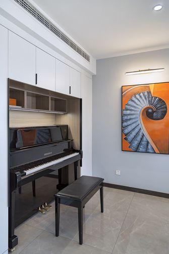 130平米三室三厅现代简约风格走廊图片
