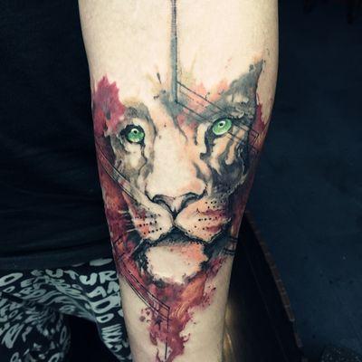 叠彩狮子纹身款式图