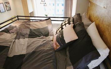 60平米一室两厅现代简约风格卧室设计图