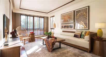 90平米东南亚风格客厅图
