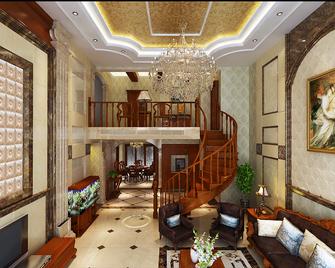 140平米复式新古典风格楼梯间设计图