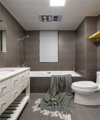 130平米三室一厅混搭风格卫生间图片大全