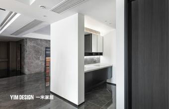 140平米三现代简约风格卫生间装修图片大全