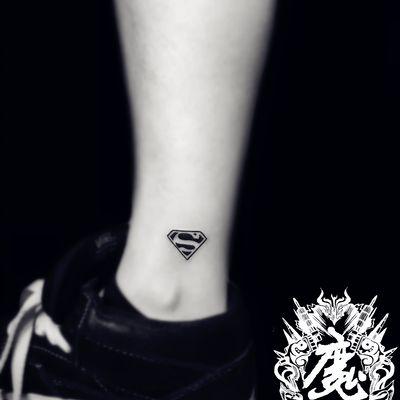 脚踝纹身款式图