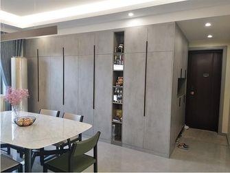 10-15万120平米三室两厅现代简约风格储藏室装修案例