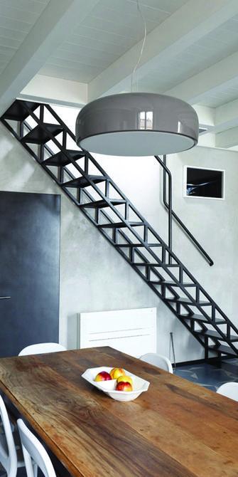 80平米地中海风格楼梯间设计图