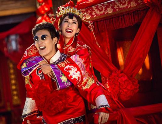 中式婚礼的迎亲花轿