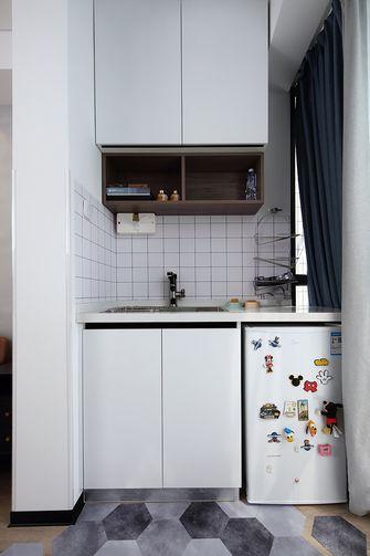 60平米三室一厅现代简约风格阳台图片
